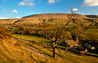 Worsaw Farm and Pendle Hill.